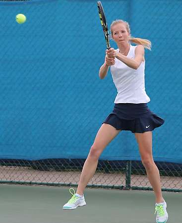 lorenzo senior singles This impressive performance occurred on the senior day of tech's lone senior angela lorenzo, who finished the day with a 6-1, 6-1 victory in singles and teamed up with sophomore nadja manjon in doubles to shut out their opponent 6-0.